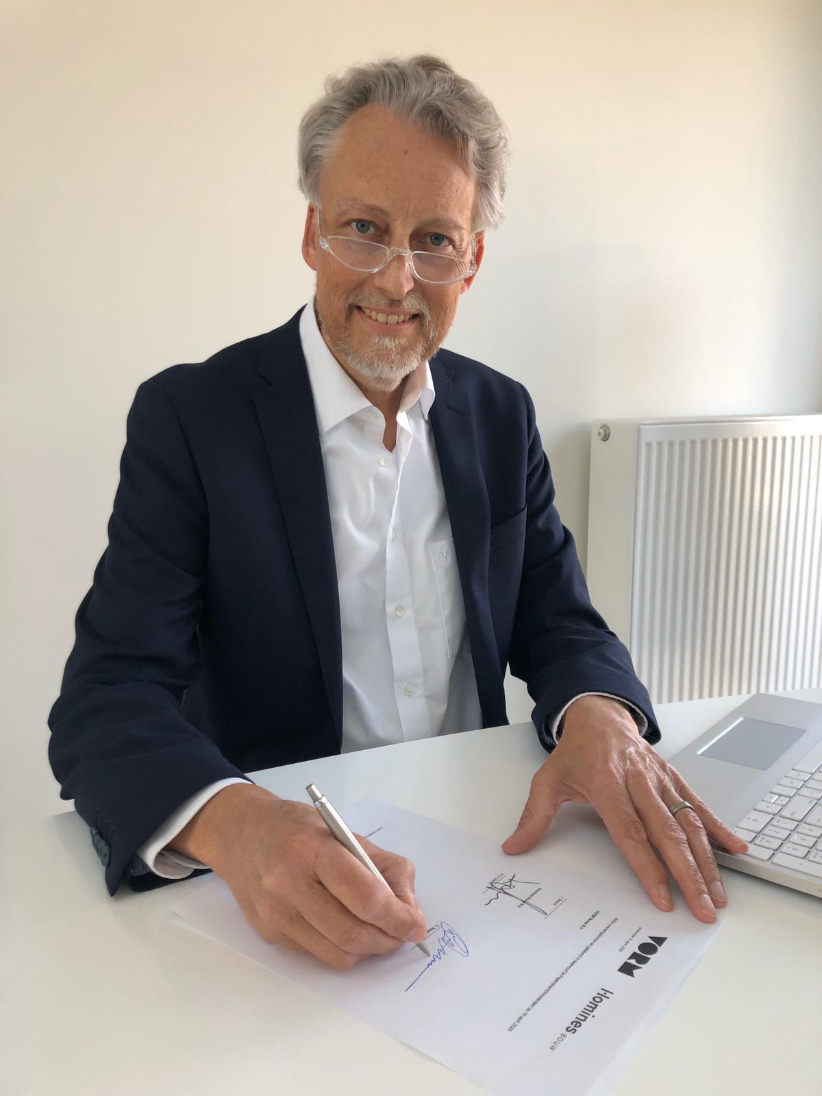 Eric Nagelkerke VORM ondertekening