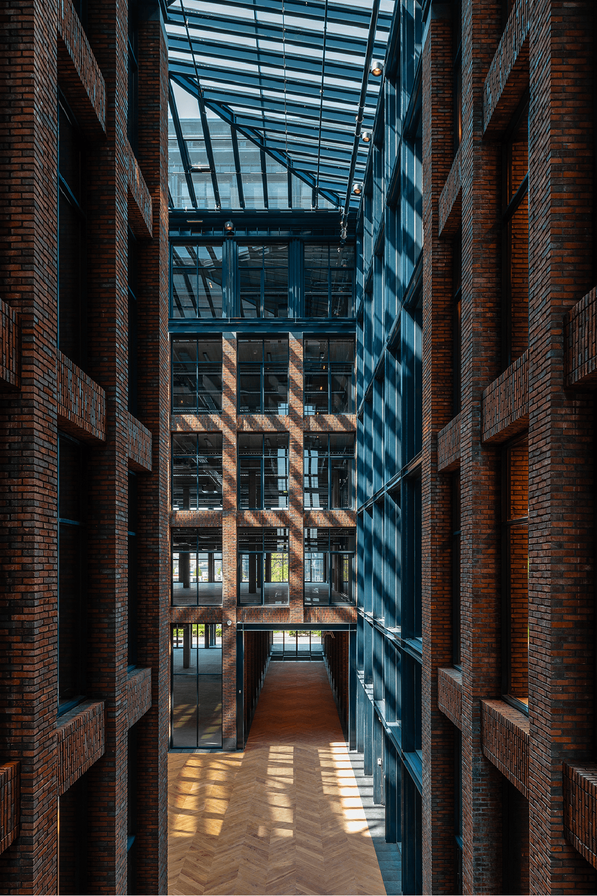 Homines-bouw-awarehouse-kantoorgebouw-parkeerplaats-amsterdam-4